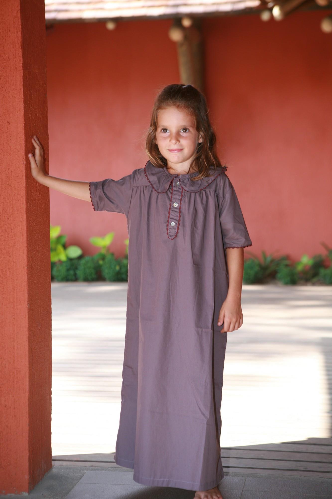 chemise de nuit fille victoria prune l 39 orangerie. Black Bedroom Furniture Sets. Home Design Ideas