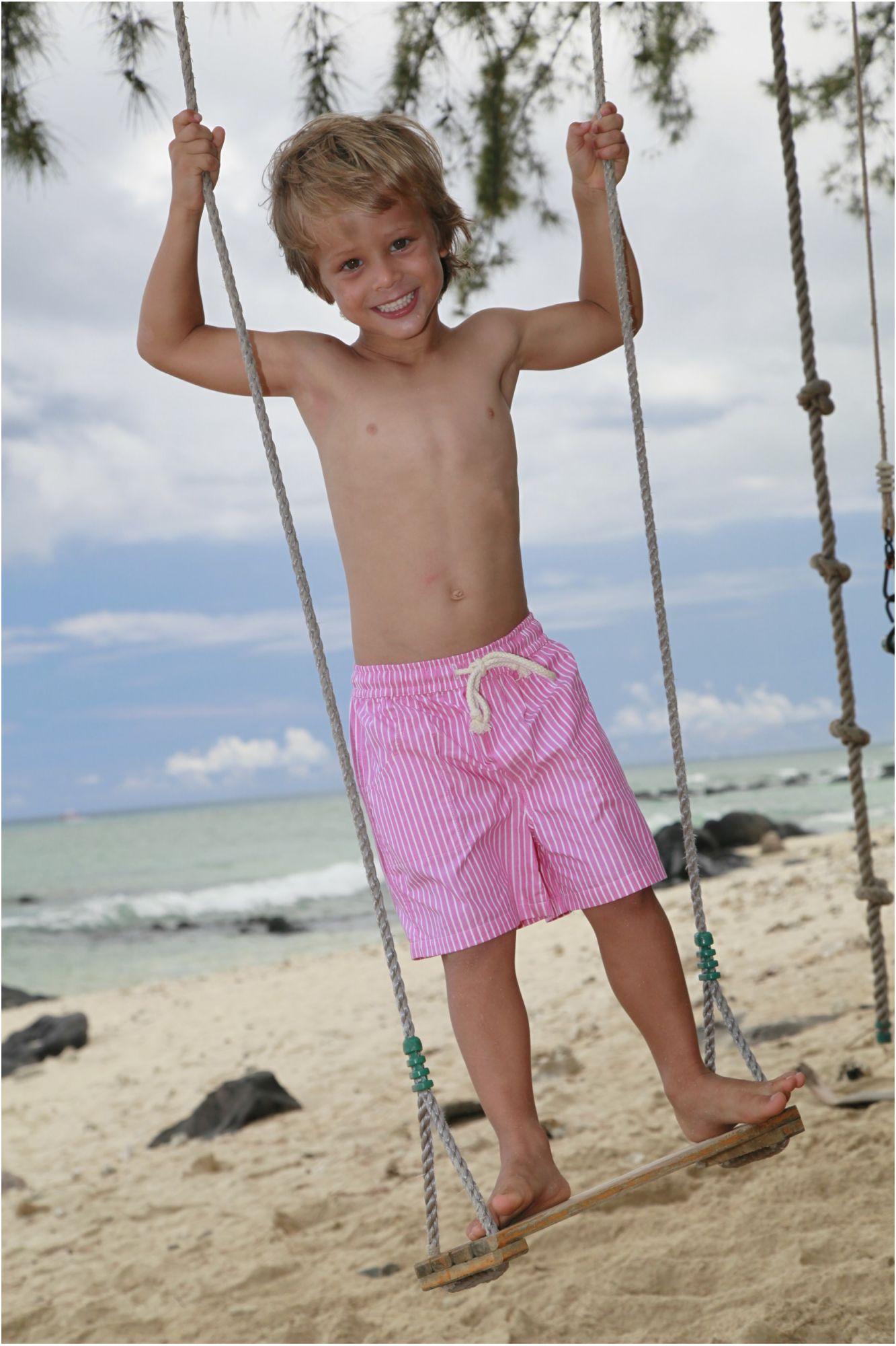 Bleu Chambre Garcon : Maillot boxer garçon poisson rose rayé blanc l orangerie